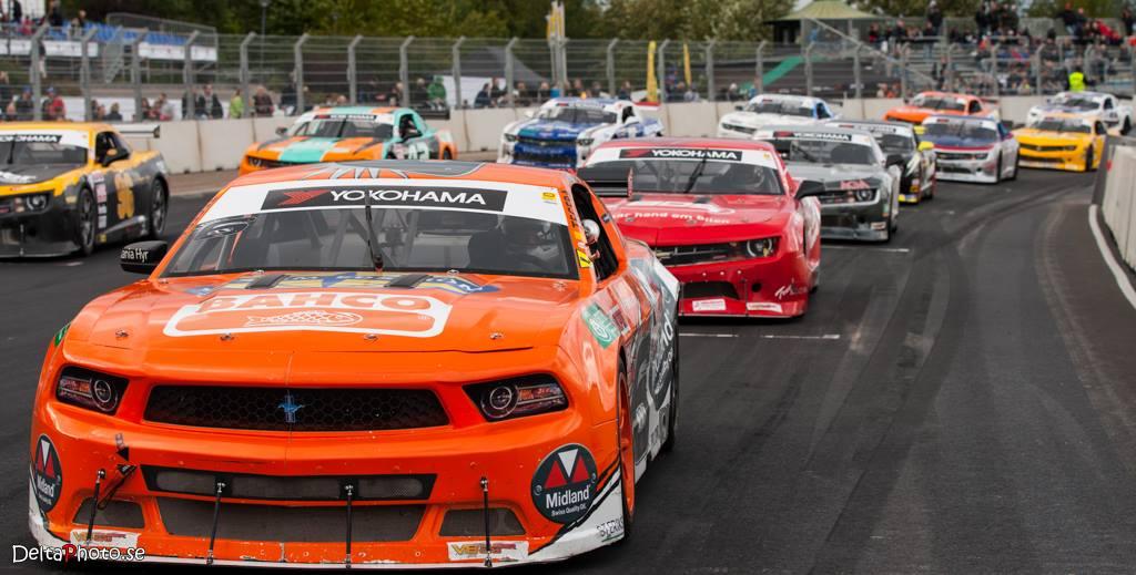 2018 V8 Thunder Cars